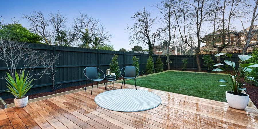 Camberwell custom build exterior swimming pool | Home Renovations Glen Iris | Custom Home Builders Malvern